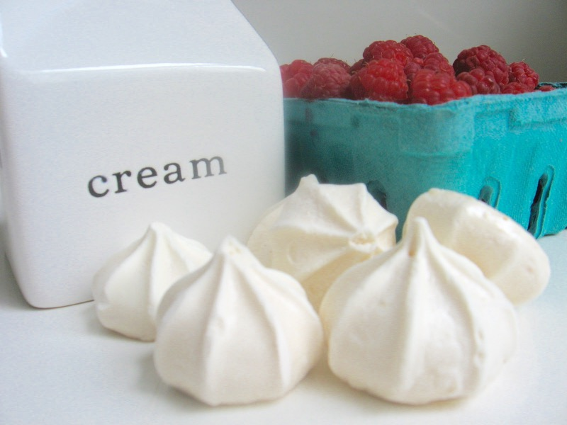 raspberries cream