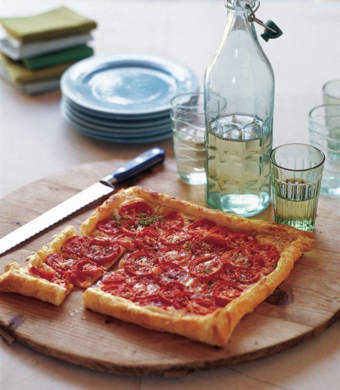 tomato gruyere tart