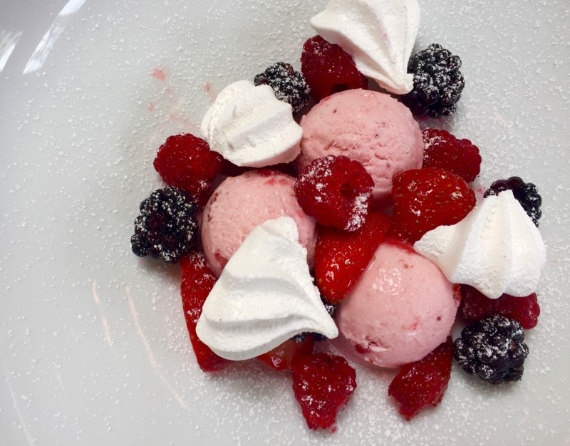 strawberry ice cream with meringues & berries